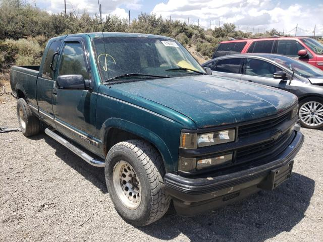 Salvage cars for sale from Copart Reno, NV: 1996 Chevrolet GMT-400 K1