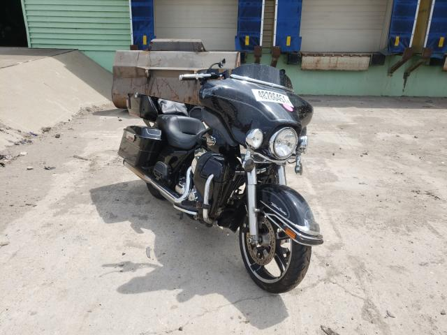 Salvage motorcycles for sale at Columbus, OH auction: 2013 Harley-Davidson Flhtcu ULT