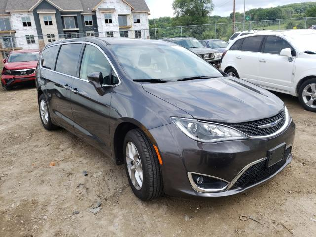Salvage 2018 CHRYSLER PACIFICA - Small image. Lot 48316091