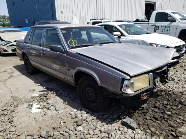 Salvage cars for sale from Copart Windsor, NJ: 1990 Volvo 740 Base