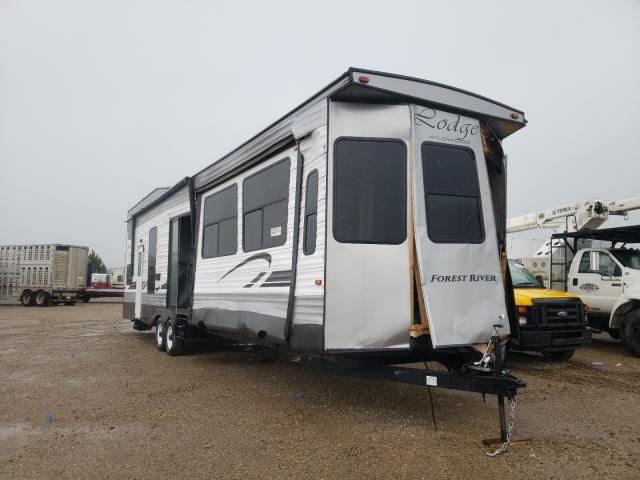 Salvage cars for sale from Copart Bismarck, ND: 2019 Wildcat Travel Trailer