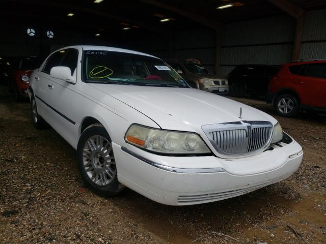 Salvage cars for sale from Copart Houston, TX: 2008 Lincoln Town Car S