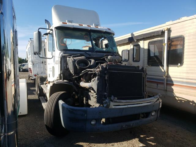 Salvage cars for sale from Copart Woodburn, OR: 2007 Freightliner Convention