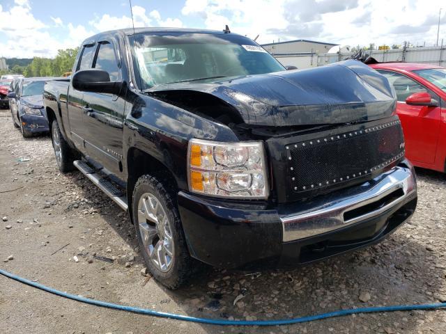 Salvage trucks for sale at Alorton, IL auction: 2009 Chevrolet Silverado