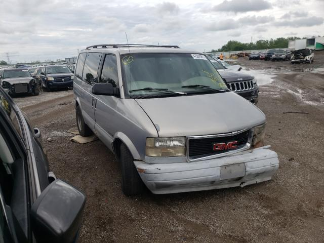 Salvage trucks for sale at Chicago Heights, IL auction: 1998 GMC Safari XT