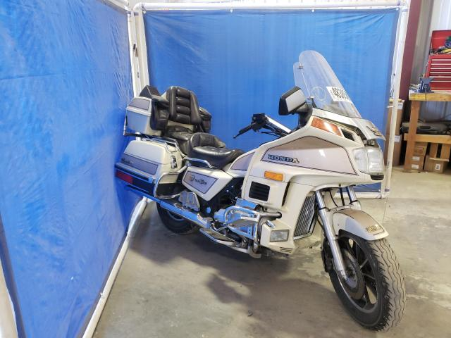 Salvage cars for sale from Copart Helena, MT: 1986 Honda GL12 SEI