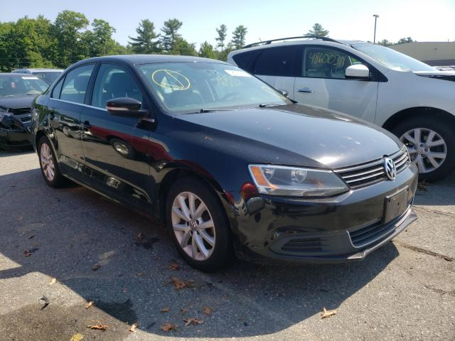 Salvage cars for sale from Copart Exeter, RI: 2014 Volkswagen Jetta SE