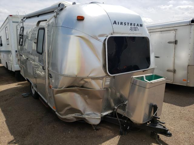 Salvage cars for sale from Copart Brighton, CO: 2003 Airstream Bambi