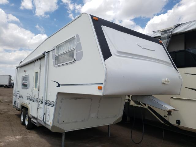 Salvage cars for sale from Copart Brighton, CO: 2003 Other 5th Wheel