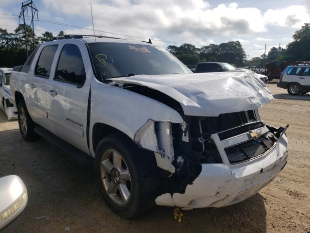 Salvage trucks for sale at Greenwell Springs, LA auction: 2011 Chevrolet Avalanche
