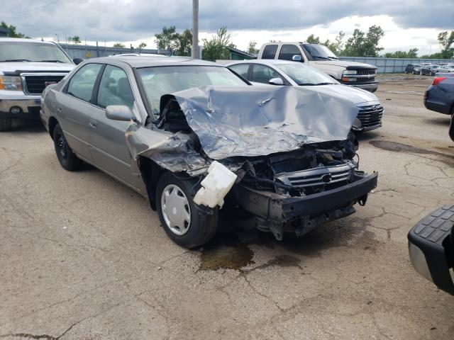 Salvage cars for sale from Copart Pekin, IL: 1999 Toyota Camry CE