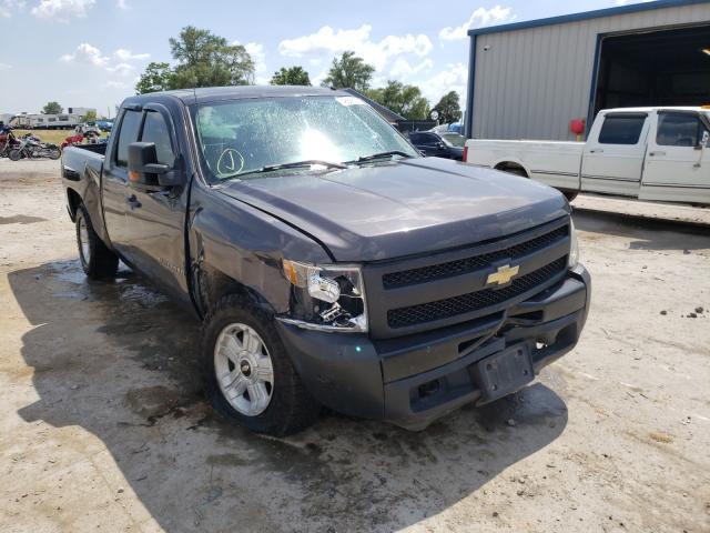 Salvage trucks for sale at Sikeston, MO auction: 2011 Chevrolet Silverado