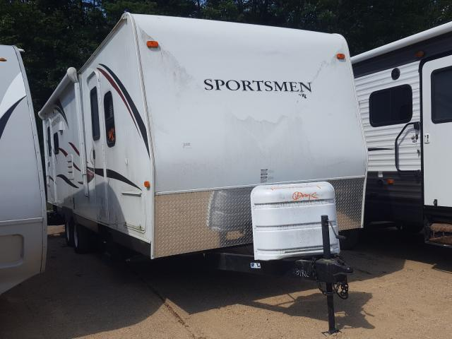 Salvage cars for sale from Copart Lyman, ME: 2014 Sportsmen Travel Trailer