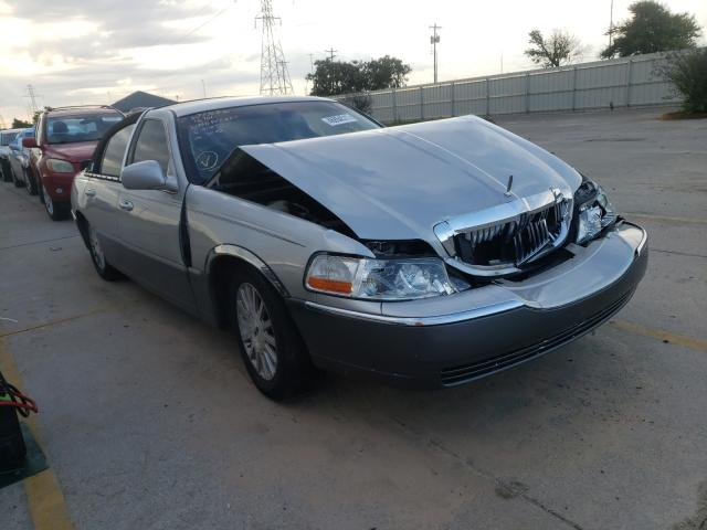 Salvage cars for sale from Copart Oklahoma City, OK: 2003 Lincoln Town Car E