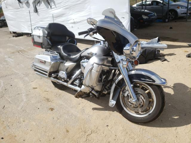 Salvage cars for sale from Copart Gaston, SC: 2003 Harley-Davidson Flhtcui AN
