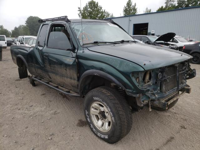 Salvage cars for sale from Copart Portland, OR: 2000 Toyota Tacoma XTR