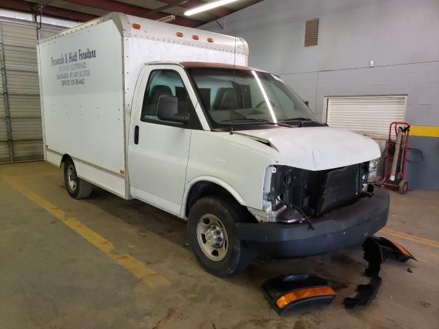 Salvage cars for sale from Copart Mocksville, NC: 2004 Chevrolet Express G3