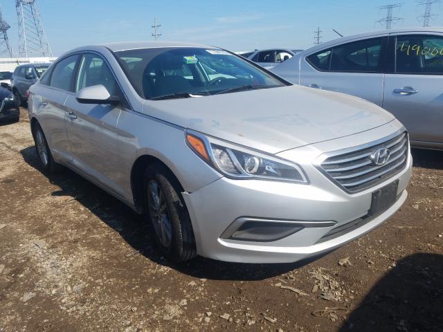 Salvage cars for sale from Copart Elgin, IL: 2017 Hyundai Sonata SE