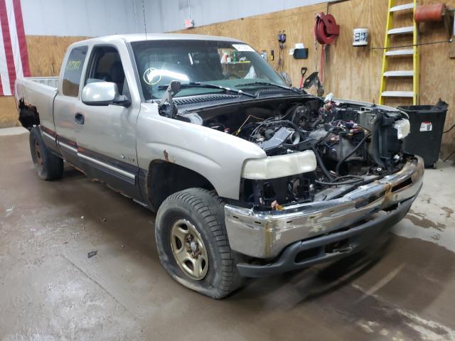 Salvage cars for sale at Kincheloe, MI auction: 1999 Chevrolet Silverado