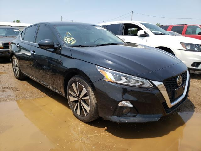 Salvage cars for sale from Copart Pekin, IL: 2019 Nissan Altima SL