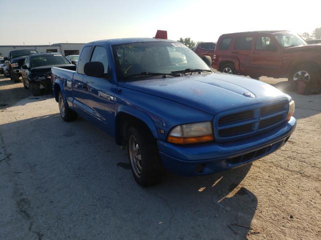 Salvage cars for sale from Copart Kansas City, KS: 2000 Dodge Dakota