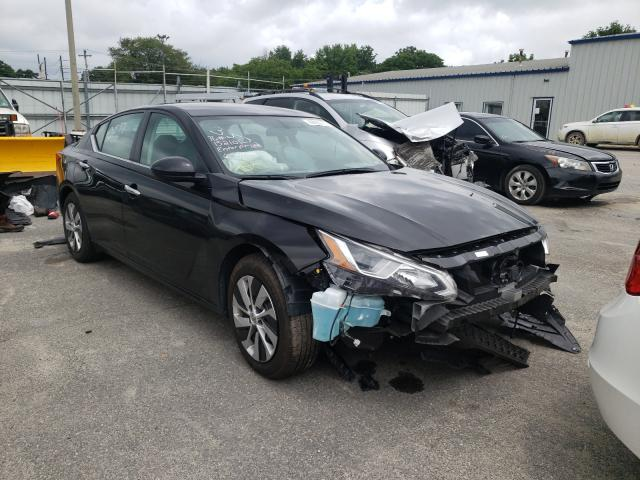 Salvage cars for sale from Copart Glassboro, NJ: 2020 Nissan Altima S