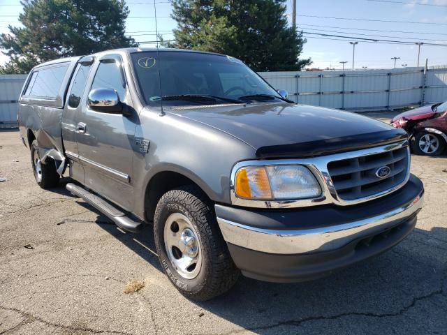 Salvage cars for sale from Copart Moraine, OH: 2002 Ford F150