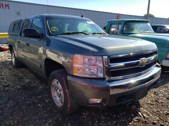 Salvage cars for sale from Copart Cudahy, WI: 2011 Chevrolet Silverado