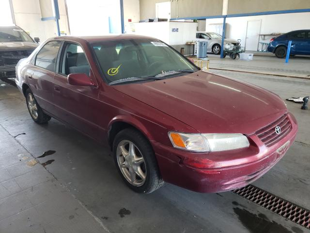Salvage cars for sale from Copart Pasco, WA: 1997 Toyota Camry LE