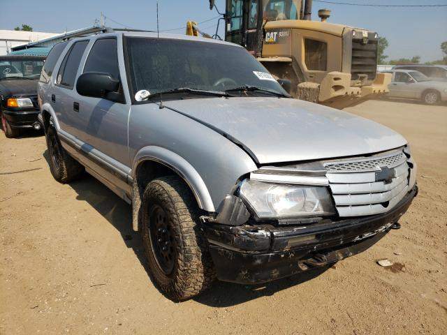 Salvage cars for sale from Copart Pekin, IL: 1996 Chevrolet Blazer