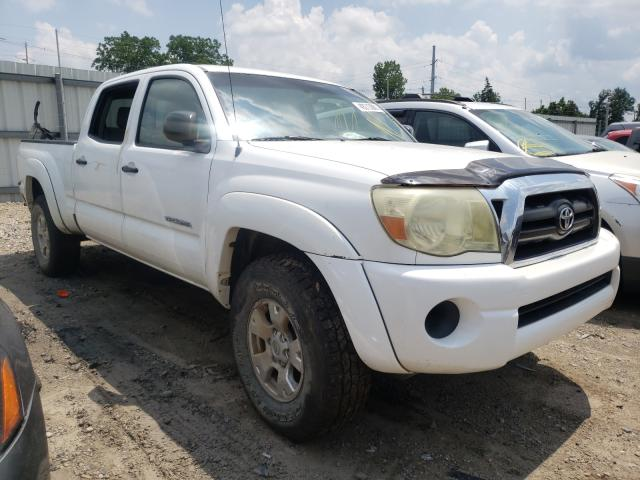 Salvage cars for sale from Copart Lansing, MI: 2006 Toyota Tacoma DOU