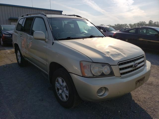Salvage cars for sale from Copart Chambersburg, PA: 2003 Toyota Highlander