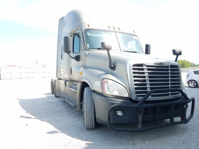 Freightliner Cascadia 1 salvage cars for sale: 2016 Freightliner Cascadia 1
