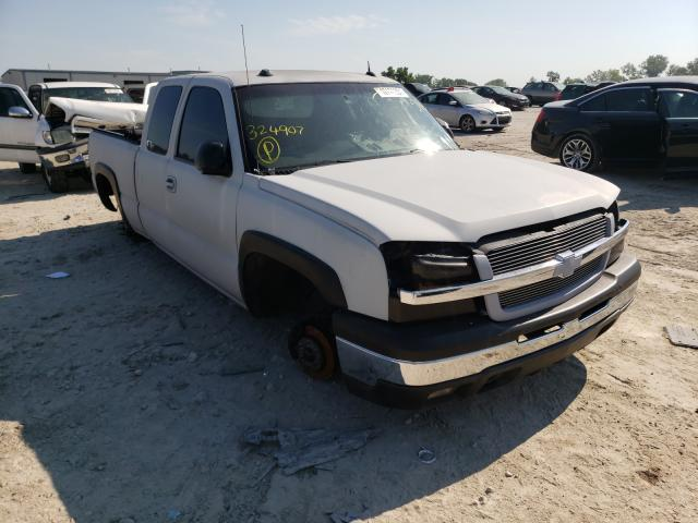Salvage cars for sale from Copart Kansas City, KS: 2004 Chevrolet Silverado