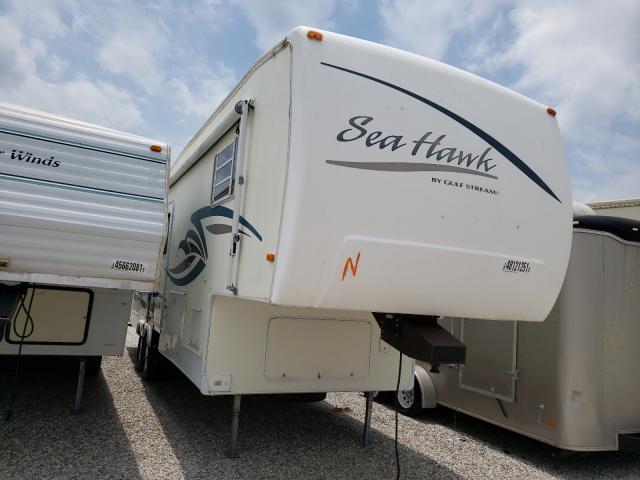 Salvage cars for sale from Copart Wichita, KS: 2002 Sea Hawk 5th Wheel