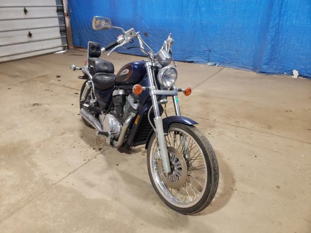 Salvage motorcycles for sale at Columbia Station, OH auction: 1999 Suzuki Intruder