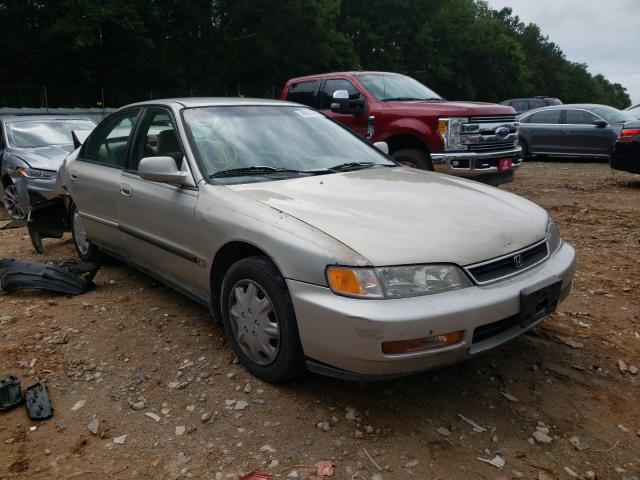 Salvage cars for sale from Copart Austell, GA: 1996 Honda Accord DX