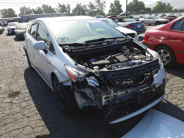 Salvage cars for sale from Copart Colton, CA: 2015 Toyota Prius
