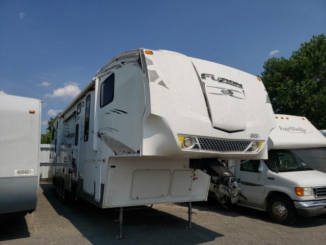 Salvage trucks for sale at Alorton, IL auction: 2009 Keystone Fuzion