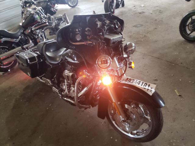 Salvage cars for sale from Copart Woodhaven, MI: 2011 Harley-Davidson Flhx