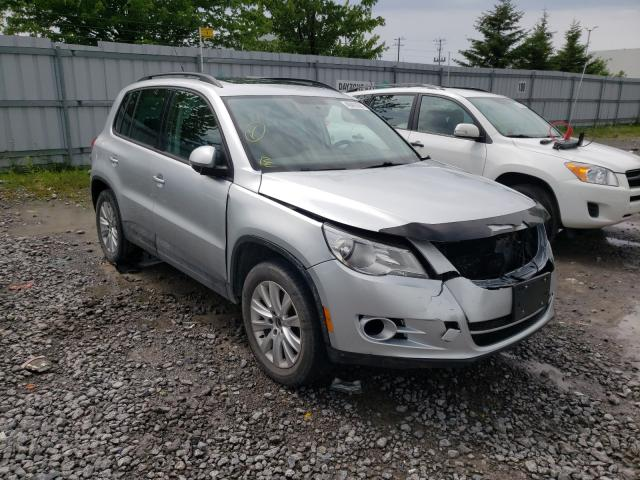Salvage cars for sale from Copart Bowmanville, ON: 2010 Volkswagen Tiguan SE