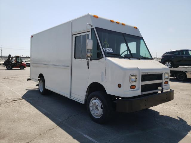 Salvage cars for sale from Copart Sun Valley, CA: 1998 Freightliner Chassis M