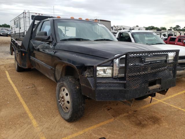 Salvage trucks for sale at Longview, TX auction: 2002 Dodge RAM 3500