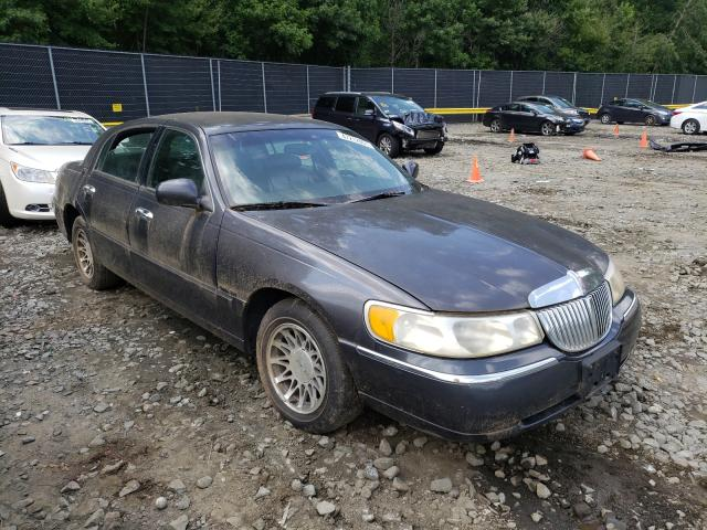 Salvage 2000 LINCOLN TOWNCAR - Small image. Lot 47212951