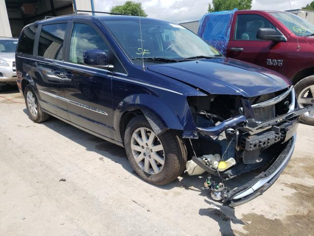 Salvage cars for sale from Copart Duryea, PA: 2013 Chrysler Town & Country