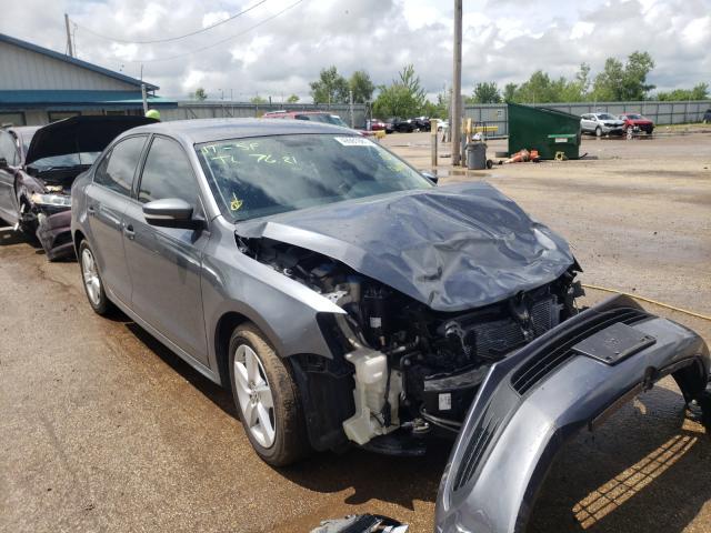 Salvage cars for sale from Copart Pekin, IL: 2011 Volkswagen Jetta TDI