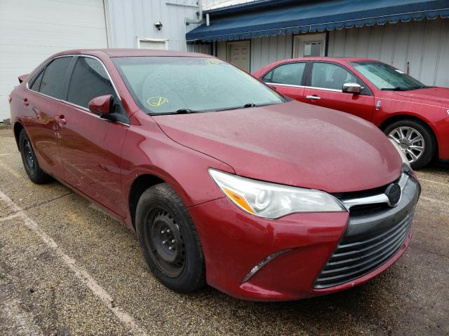 Salvage cars for sale from Copart Pekin, IL: 2015 Toyota Camry LE