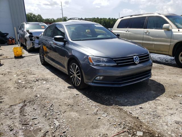 Vehiculos salvage en venta de Copart Savannah, GA: 2016 Volkswagen Jetta Sport