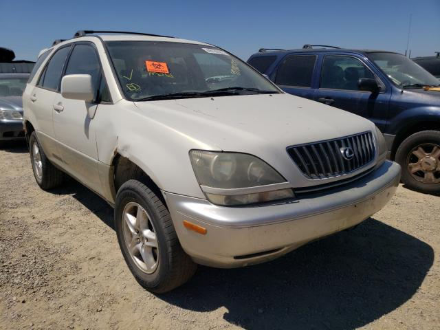 Salvage cars for sale from Copart Anderson, CA: 2000 Lexus RX 300