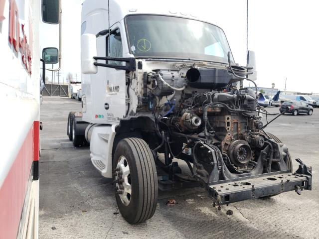 Salvage cars for sale from Copart Wilmington, CA: 2019 Kenworth Construction